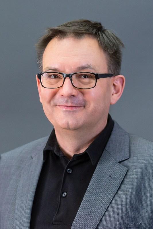 Dr. Tobias Robischon (ÜWG) zum Bürgermeister von Michelstadt gewählt