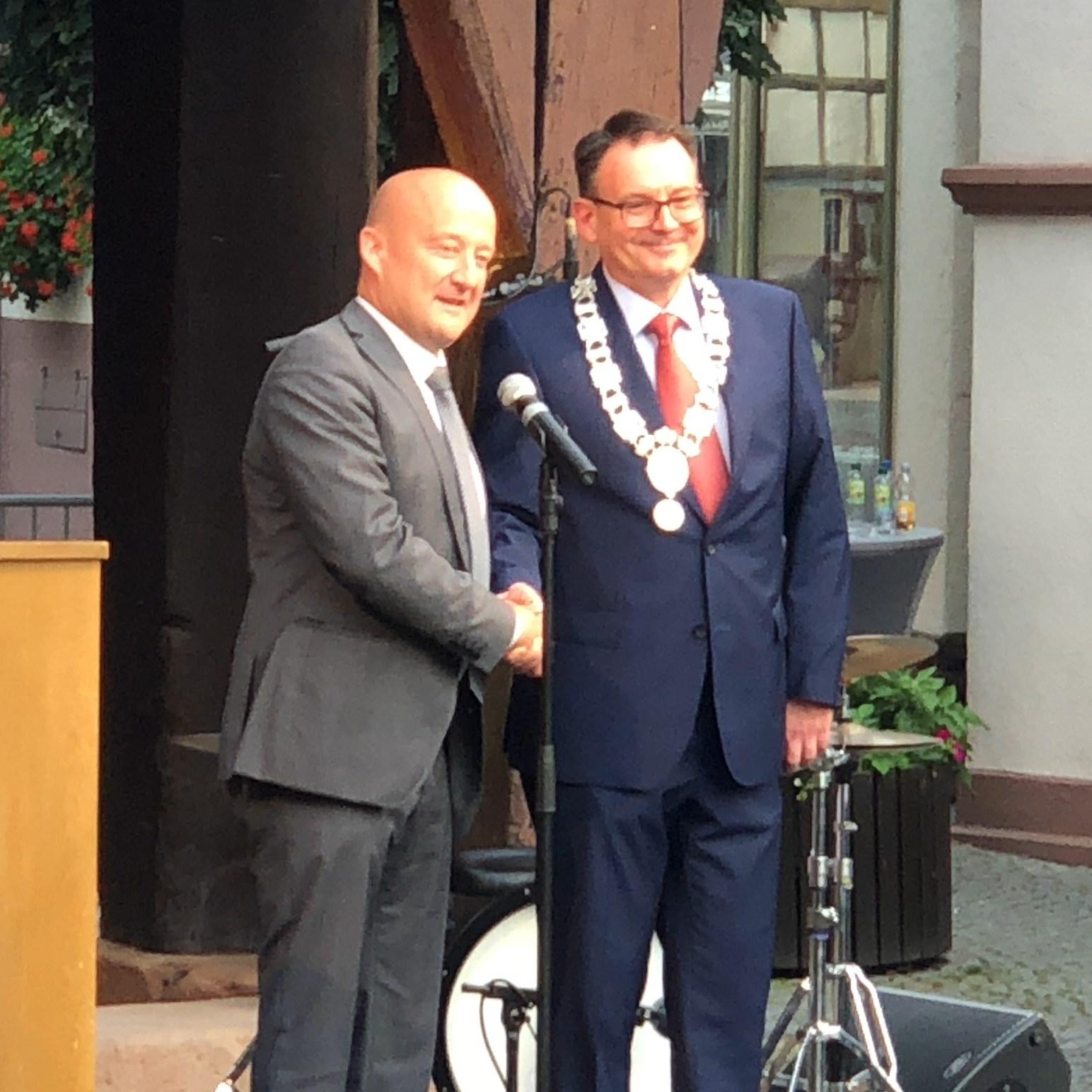 Einer in Michelstadt langen Tradition folgend, stellt die ÜWG wieder den Bürgermeister in unserer Stadt.